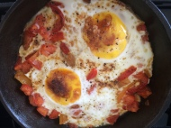 Skillet peppers & tomatoes w/egg